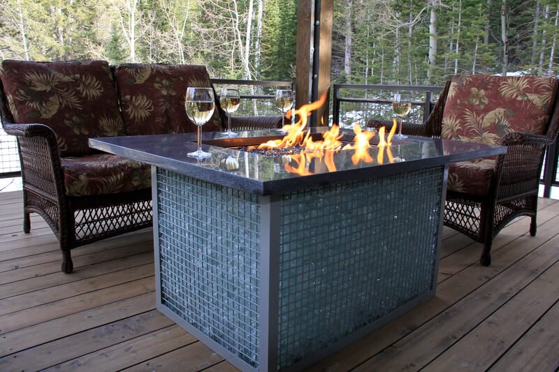 Propane fire pits are always a great addition to any backyard, but it can be a hassle to light up real fire logs.