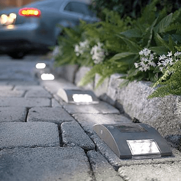 Guide to Solar Driveway Lights