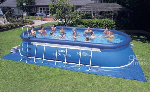 Setting Up An Inflatable Pool