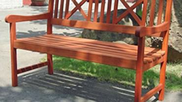 wooden_benches