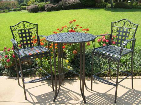 wrought-iron-furniture