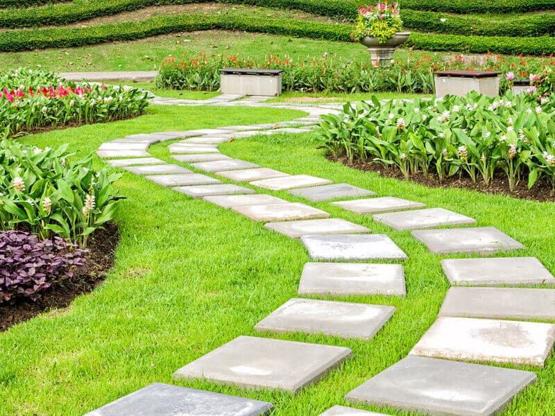 The path in the garden. Try experimenting with square shaped stones when you construct your & Landscaping Ideas: Backyard \u0026 Front Yard Decor (DESIGNS)