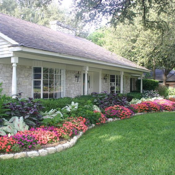 30 Beautiful Backyard Landscaping Design Ideas | Yard Surfer