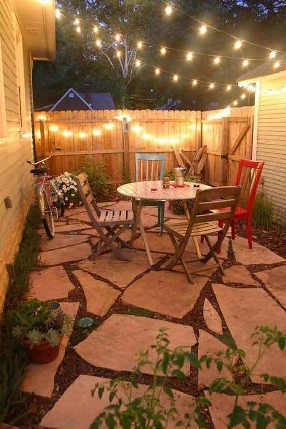 Here's our favorite 25 design ideas of small backyards
