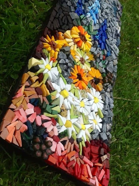 20 beautiful ideas with garden mosaics page 16 of 20 yard surfer check out these beutiful ideas with garden mosaics workwithnaturefo