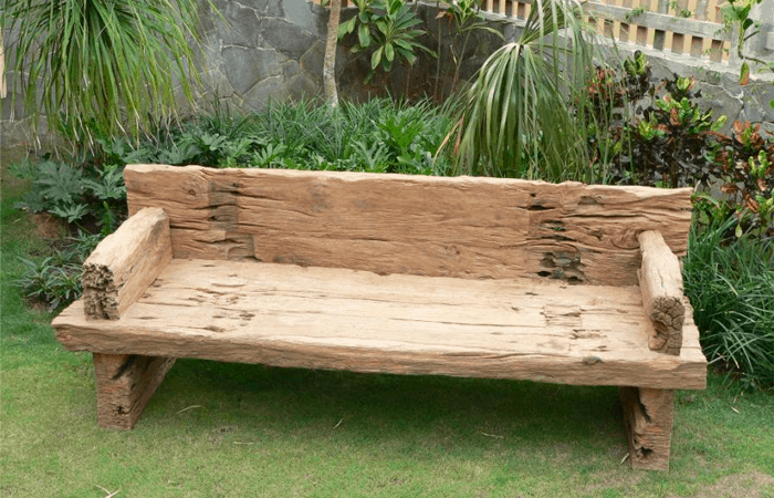 The Best Garden Bench to Put in Your Yard