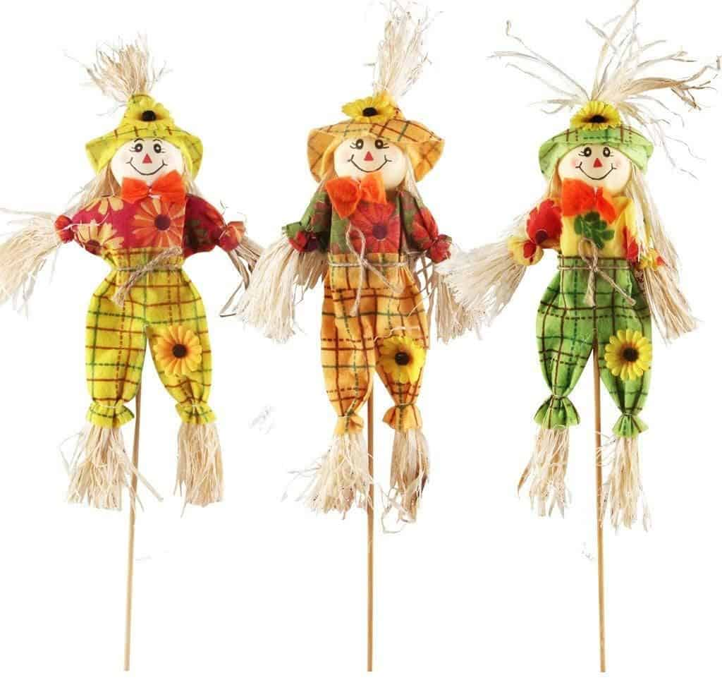 small fall harvest scarecrow decor