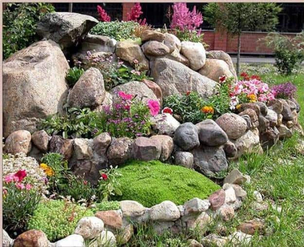 Stone Landscaping Ideas For Your Front Yard