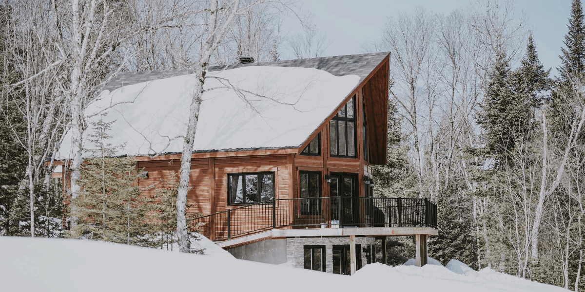 How to Remove Snow From Your Roof