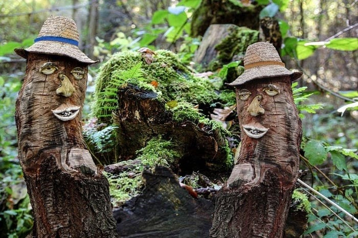 Funny Decorative Stump Carvings