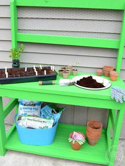Open-Surface Potting Bench with Chicken Wire Back