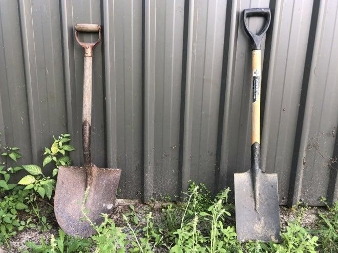 Spade vs Shovel